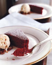 Red Wine Velvet Cake-RestaurantMealPrices