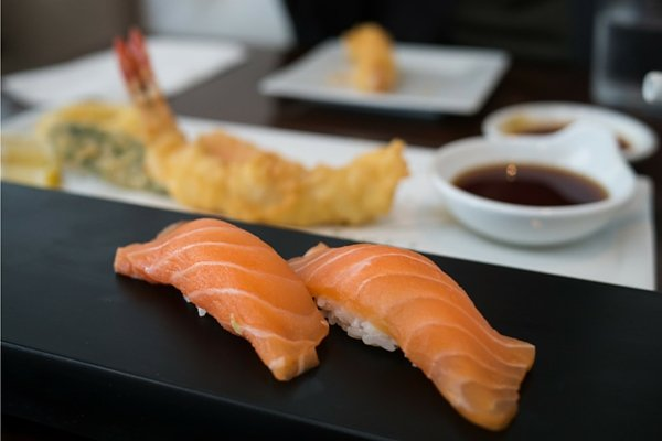 best-sushi-places-usa