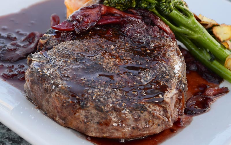 What's the Difference Between Porterhouse and T-bone Steak